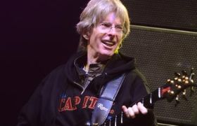 phil lesh wearing cap sweatshirt
